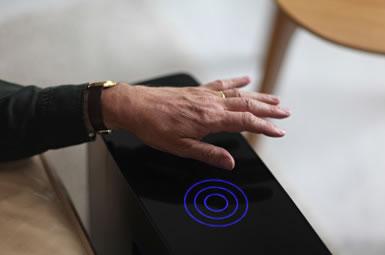 Luftreiniger Blueair Sense - Bedienung per Handbewegung