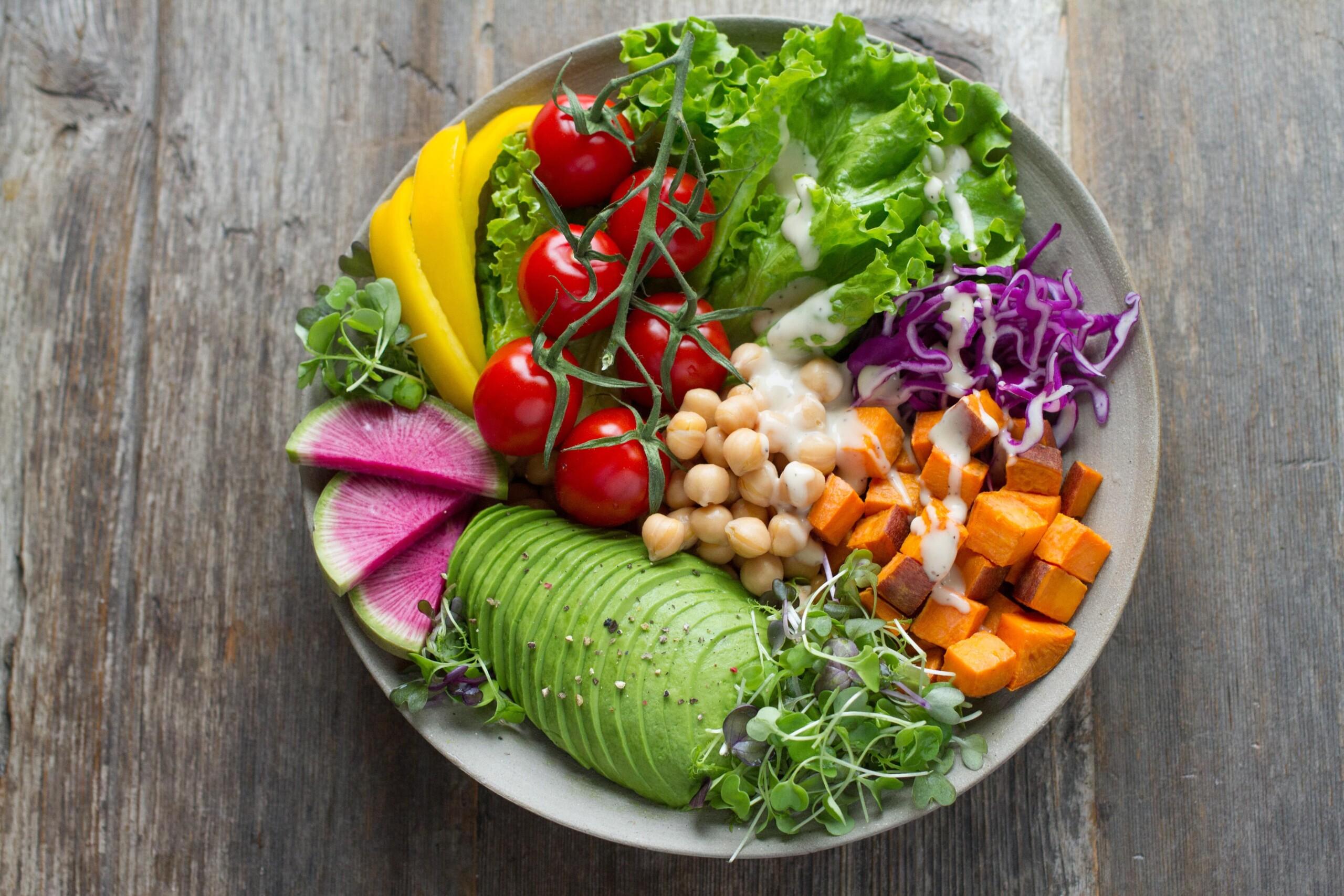 Sich vegetarisch zu ernähren ist eine Entscheidung, die in den letzten Jahren immer mehr Menschen für sich getroffen haben