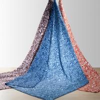 Bio-Decke Rose aus reiner Bio Baumwolle, mit graphischem Muster